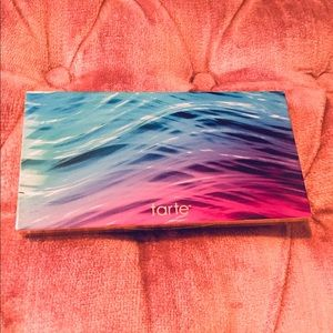 TARTE Skin Twinkle Vol II highlighter palette
